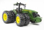 Bruder John Deere 7930 traktor topeltratastega