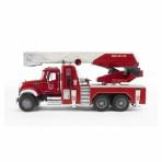 Bruder MACK tuletõrjeauto veepumbaga