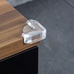 Reer nurgakaitsmed puidust ja klaasist lauale